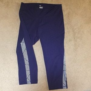 Old Navy Active Go Dry Capri